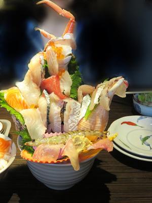 10特上おまかせ海鮮丼1,944円