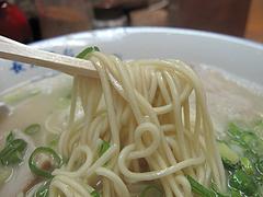 ランチ:ラーメン麺@長浜ラーメン・長浜屋台・一心亭本店