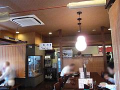 店内:対面式カウンター@生蕎麦・玄・天神