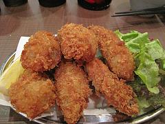 15料理:カキフライ@牡蠣やまと・鉄板居酒屋・赤坂・料理:生ビール@牡蠣やまと・鉄板居酒屋・赤坂・オイスターバー