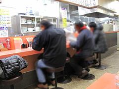 4店内:カウンター席@長崎チャンポン・あっちゃん亭・あっちゃんぽん