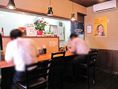 3店内:カウンターのみ@ラーメン・つけ麺・中華蕎麦・翠蓮