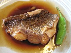料理:天然鯛の煮付け定食の鯛@梅山鉄平食堂