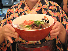 料理:ラーメンの大きさ@元祖博多だるま・博多デイトス店