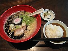 ランチ:醤油とんこつ麺と白ご飯@ラーメン・博多五行・今泉