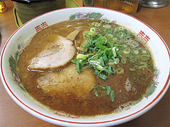 3料理:黒正油とんこつらーめん600円@博多めんとく屋(麺篤屋)