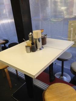 6テーブル席@博多天神・新橋