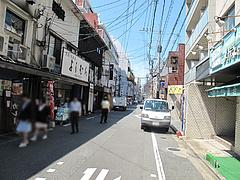 外観:お店のある通り@麺屋まつけん・渡辺通・電気ビル裏