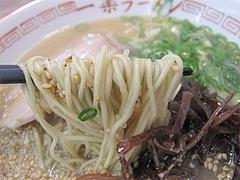 料理:ラーメン麺@博多・一楽ラーメン