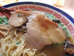 11博多鶏麺しょうゆ味鶏チャーシュー@博多鶏麺