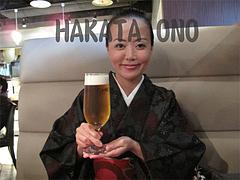 生ビールと記念撮影@HAKATA・ONO(ハカタオノ)・天神IMS