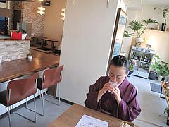 5店内:カウンター・テーブル・小上がり@kitchen green(キッチングリーン)・別府