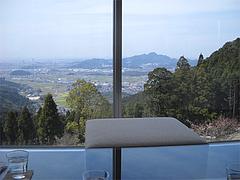 店内:2階カフェの眺め@茶房わらび野