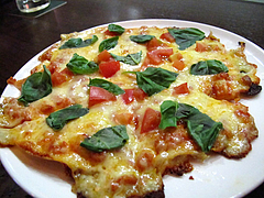 ピザ:チーズた〜っぷりマルゲリータ690円535カロリー@プロント(PRONT)新天町店・天神