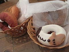 カフェ:動物ドーナツ・ネコ@フロレスタ・藤崎・動物ドーナツ