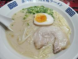 3博多とんこつらーめん500円+煮玉子100円@麹屋
