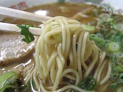 6料理:黒正油とんこつらーめん麺@博多めんとく屋(麺篤屋)