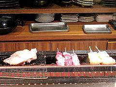 11店内:焼鳥@いきさん牧場・ぶたの王様・大手門