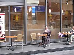 24外観:カフェ・ベローチェ@屋台KENZO Cafe(ケンゾーカフェ)・きたなトラン