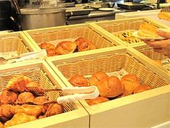 店内:ブレッドコーナー@クラウンカフェ・ANAクラウンプラザ