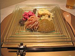 5フレンチ・和食:低温調理を施したウワミスジのカルパッチョとクスクスのサラダ仕立て@欧割烹・清水・桜坂