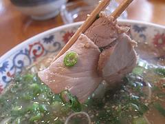 料理:らーめんのチャーシュー@ラーメン本舗・博多葱一・天神