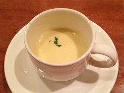さつまいものスープ@バー・ジュジュ