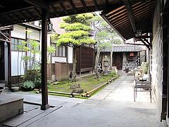 外観:中庭@夢空間はしまや・カフェ・倉敷