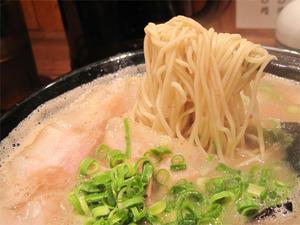 9ラーメン麺@博多一双中洲