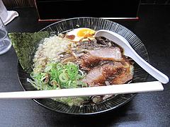 4ランチ:豚骨黒らーめん700円@ラーメン・麺屋一矢・住吉店