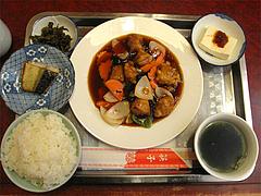 ランチ:酢豚定食650円@中華・福楼飯店・港