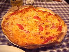 ミックスピザ@イタリア料理カピート