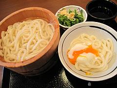 料理:まる得・釜揚げうどんの釜玉@丸亀製麺・那珂川・福岡