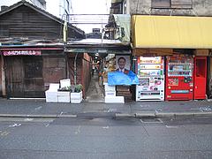15外観:赤坂門市場の裏@お好み焼き・ふきや・赤坂店