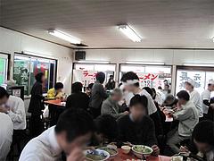 店内:昼餐@ラーメン元祖長浜屋