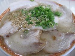 8チャーシュー麺700円@一九・野芥