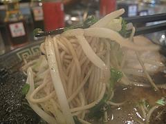 ランチ:呼び戻しブラック麺@@久留米大砲ラーメン・天神今泉店