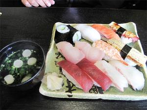 15まんぷく寿司1,100円@丸万食堂