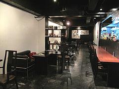 店内:カウンターとソファ席@カフェ&バーGEPPO(ゲッポ)・薬院