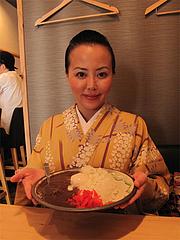 8ランチ:濃厚牛スジ煮込みカレーライス500円&温玉100円@照・TERRA(てら)・渡辺通店