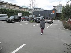18外観:駐車場23台@キッチン良い一日・長尾店