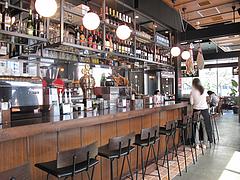 5店内:バーカウンター@スペインバル&カフェ エスペランサ