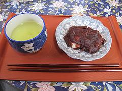 料理:名物ぼたもち2個@綾部神社・中原