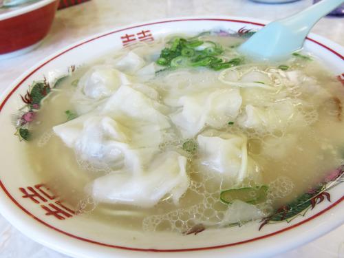 12ワンタン麺600円