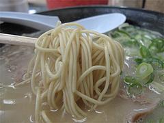 8ランチ:ラーメン麺@ラーメン・長浜ナンバーワン長浜店