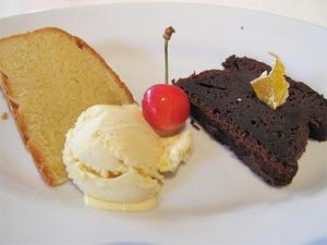 12アーモンドケーキとガトーショコラ@コキンヌ