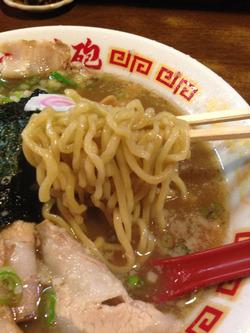9しょうゆチャーシュー麺@無鉄砲・大阪
