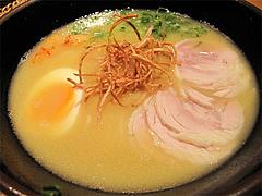 1料理:白湯鶏拉麺食べる@たらふくまんま・春吉