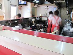 2店内:カウンター@再来軒・馬出
