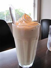 11カフェ:フレッシュバナナジュース@ドッグカフェレストラン・ワンパーク大濠店
